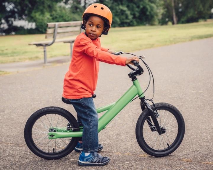 Sk-kids-blend-kid-on-bike